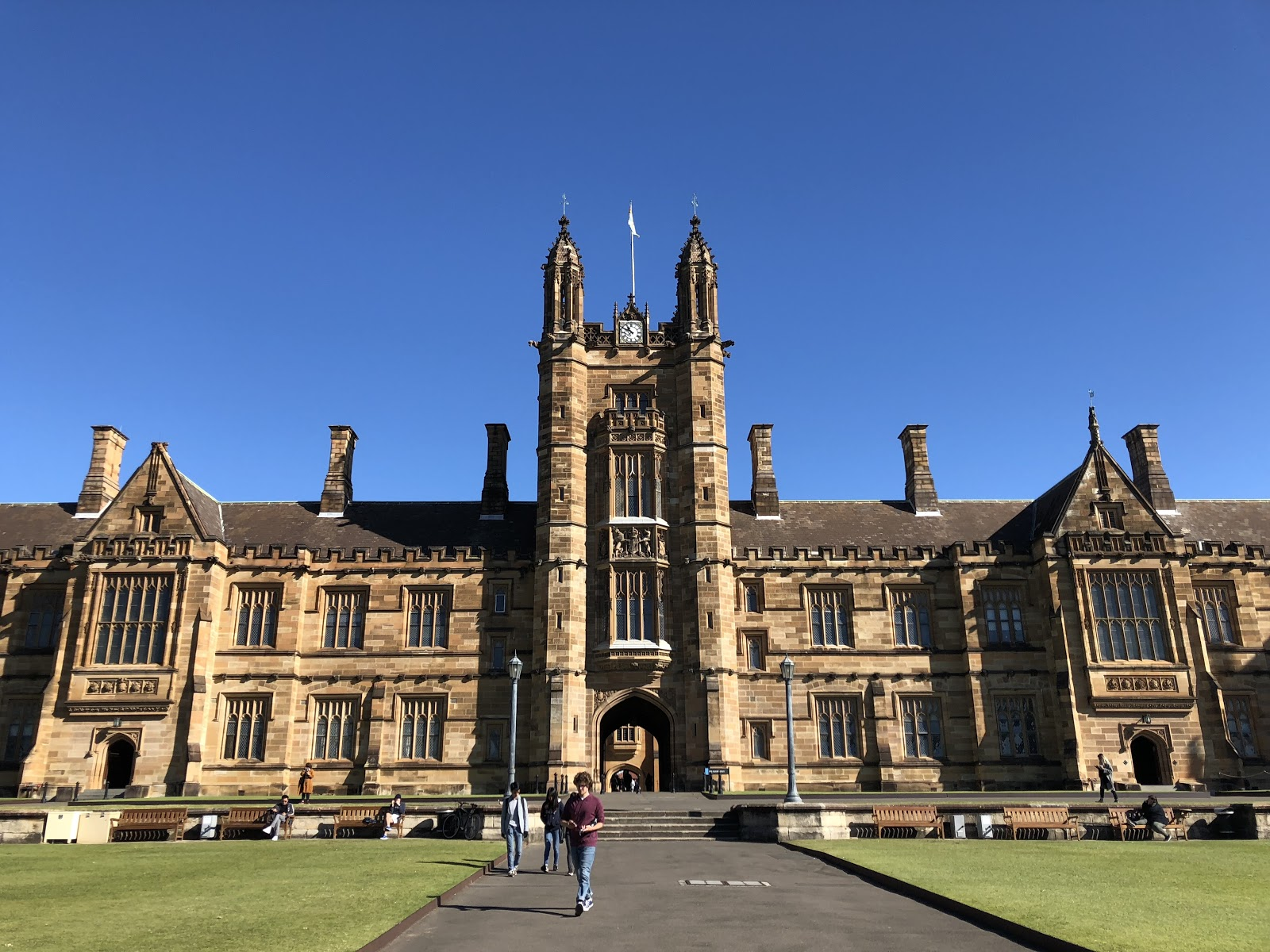 A picture of a cathedral-like building at the University of Sydney