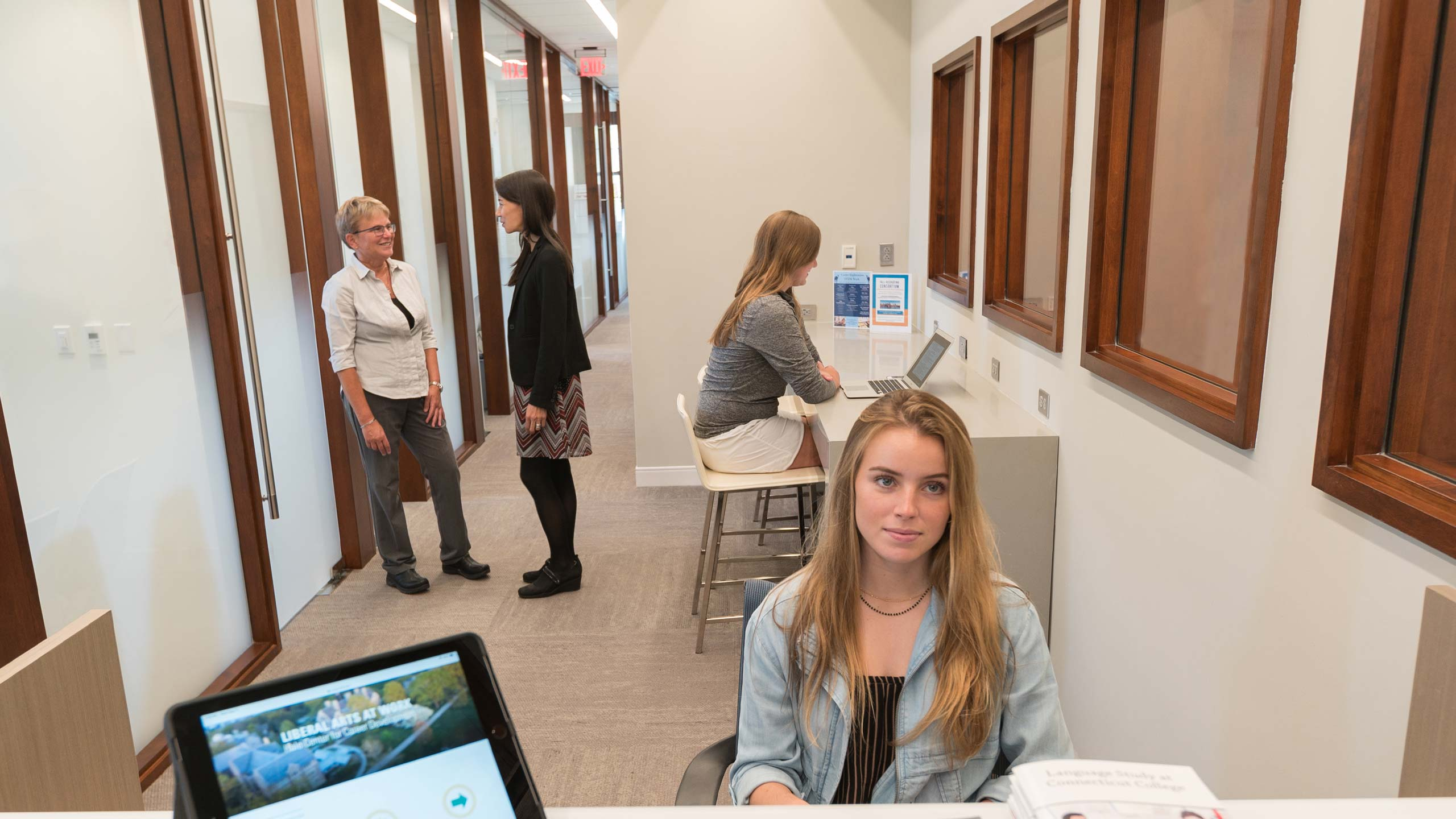 Students and career advisors in the Hale Center