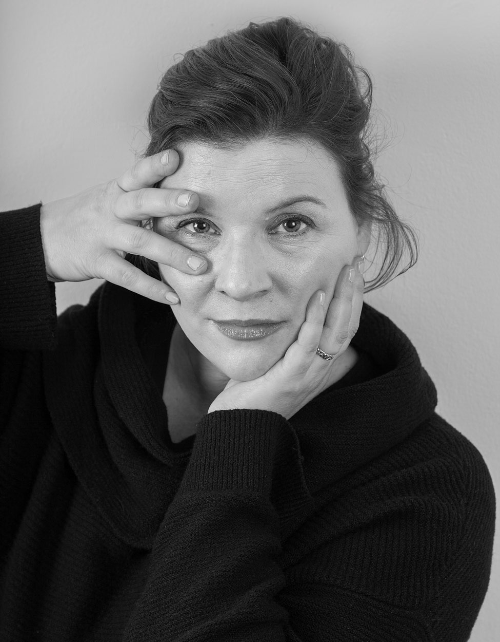 Black and white portrait of Stefanie Zadravec '90