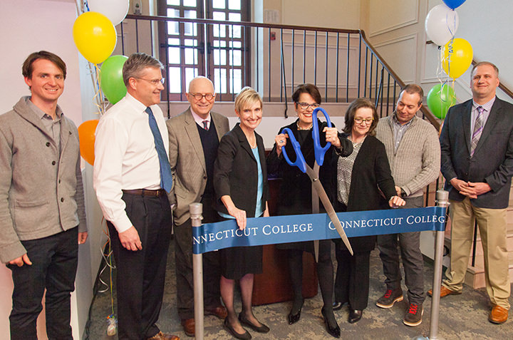 President Bergeron and college administrators cut the ribbon at the opening of the Walter Commons.