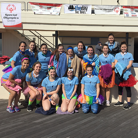 Members of the Connecticut College field hockey team at the 2016 Connecticut Shoreline Penguin Plunge.