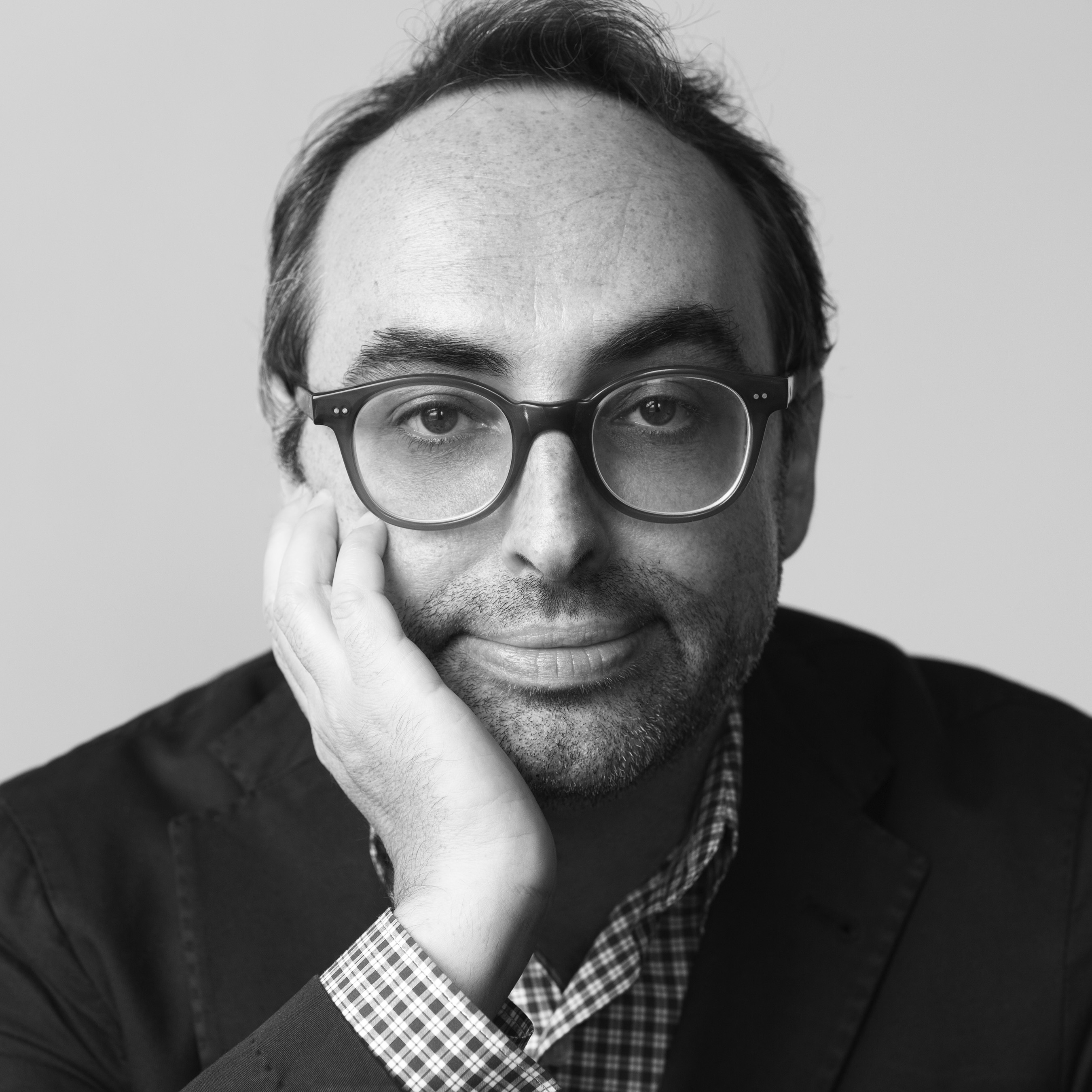 Photo of Gary Shteyngart by Brigitte Lacombe.