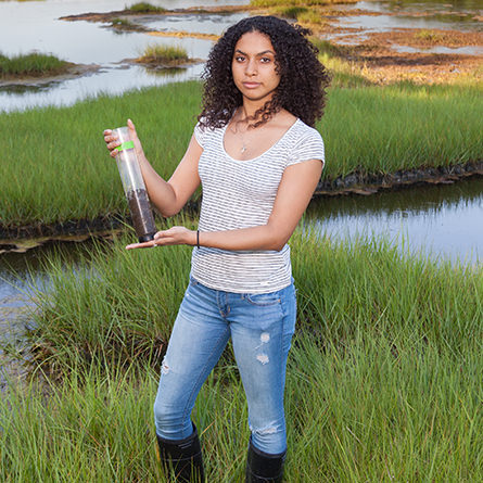 Isis Torres Nuñez '20 doing research at Barn Island in Stonington, Connecticut.