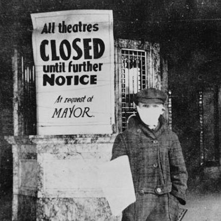 An archival photograph from the 1918 flu outbreak