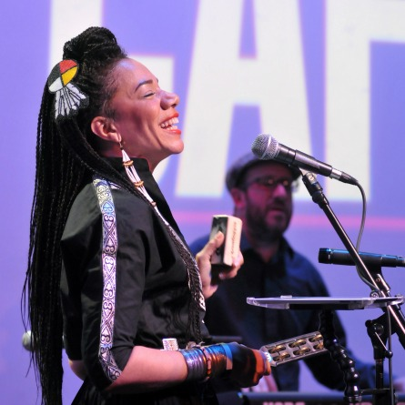 onStage - Martha Redbone – 'Bone Hill: The Concert'