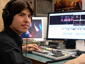 David Kahn '06, pictured here his senior year, returns to campus as lighting designer for