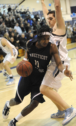 Demetrius Porter ´12 is the NESCAC Men´s Basketball Co-Player of the Week.