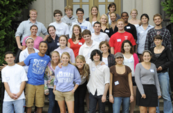 Connecticut College's 2009 fall transfer students pose for a group picture at orientation.