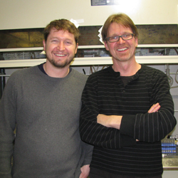 Jamie Tuttle '99, left, and professor Timo Ovaska.