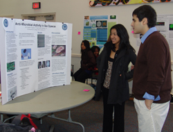 Members of the college´s newest class of Science Leaders presented research from their freshman seminar course at a recent poster session.