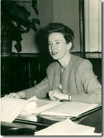 Picture of Rosemary Park, Connecticut College president, at her desk